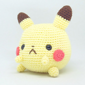Pokemon Balls! They are all free crochet patterns on Ravelry ... | 170x170