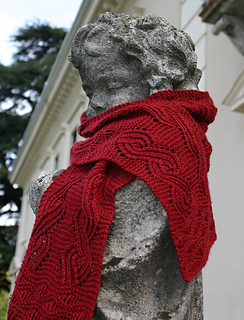 Cinnabar scarf on putto