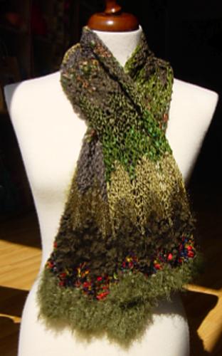 Ravelry: Feza Scarf pattern by Sue Stratford