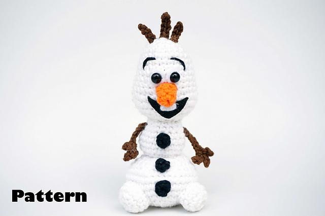 Olaf from Disney's Frozen Amigurumi Snowman by MilesofCrochet (com ... | 426x640