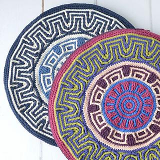 Labyrinth Mandala Pillow pattern by Tatsiana Kupryianchyk