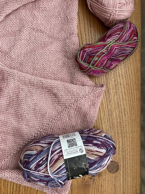 Vera Sweater in Lanas Stop Bambini 50g Antique Rose 320