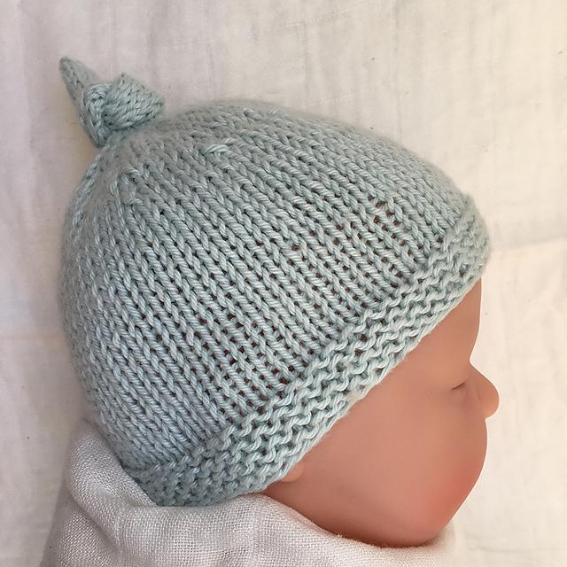 3 months Hand Knit Swizzle Beanie Beret Newborn