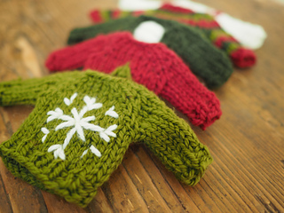 Ravelry: Tiny Sweaters pattern by Malia Mae