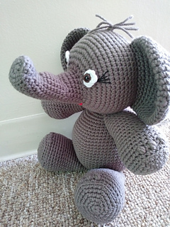 Esther the Elephant Free Amigurumi Pattern | Jess Huff | 320x240