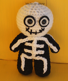 How to Crochet a Skeleton - YouTube | 320x268