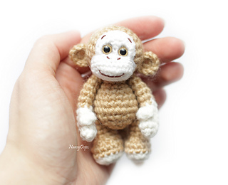 The Big Book of Little Amigurumi: 72 Seriously Cute Patterns to ... | 260x320