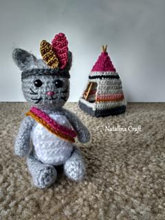 KITTIES! Make these cute amigurumi kitties with Lion Brand Vanna's ... | 320x240