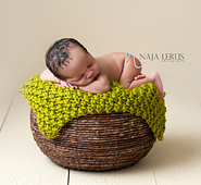 Chunky Knit Baby Blanket / Newborn Photo Prop