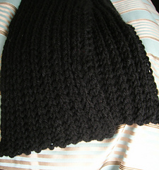 black cabled scarf