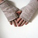 honeycomb wrist warmers knit pattern