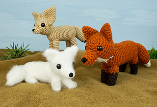 Arctic Fox is also sold as part of the *Red, Arctic and Fennec Foxes* set.
