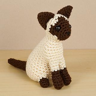 Free Playing Cats Crochet Amigurumi Pattern | Crochet patterns ... | 320x320