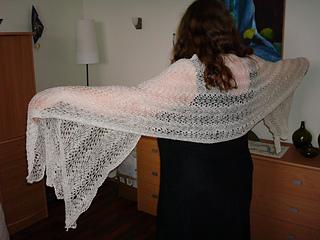 White long shawl