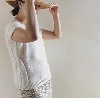 Loop tee pattern by Hiromi Nagasawa