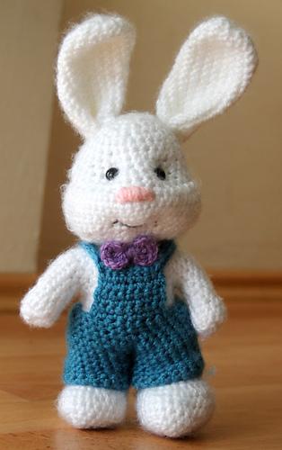 Ravelry: Simplified Cute Bunny Amigurumi pattern by Aegean Drawn | 500x314