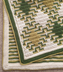 Border 1, worked around 'Diamond Haze' blanket (pattern available separately)