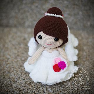 Addison & Gina Wedding Dolls   320x320