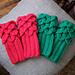 Gloves for little dragons pattern