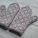 Sakura mittens pattern