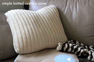 Ravelry: Simple knit cushion cover pattern by Veggie Mama