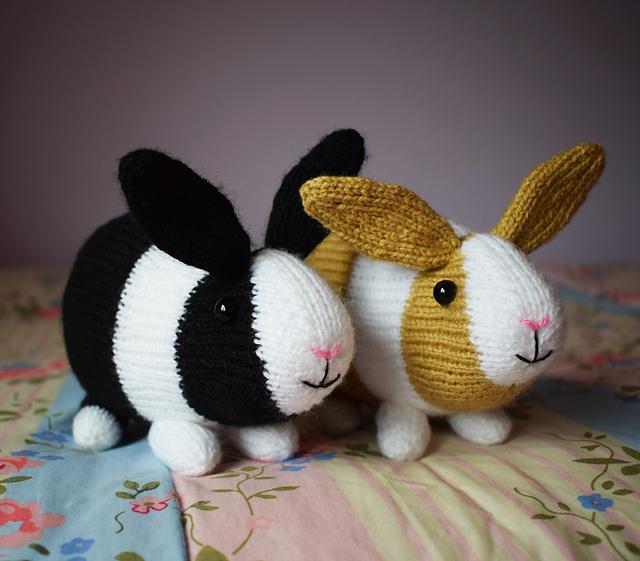 Crochet Amigurumi Bunny Toy Free Patterns Instructions   Crochet ...   561x640