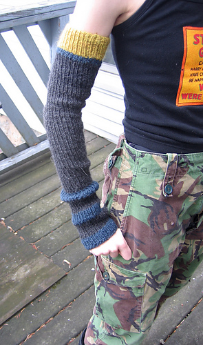 Beth Armwarmers without Thumb Option