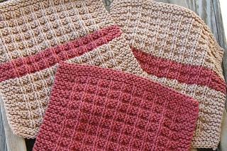 Ravelry: Waffle Knit Dishcloth pattern by Debbie Andriulli