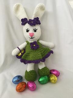 Dress Me Bunny | 320x240