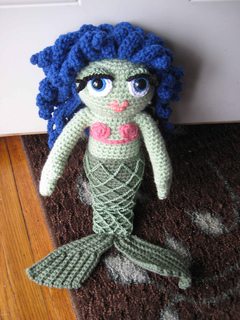 Aurora Mermaid Free Crochet Pattern | Mermaid crochet pattern ... | 320x240