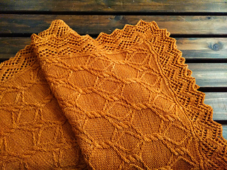 Trellis Wrap pattern by Yuki Ueda